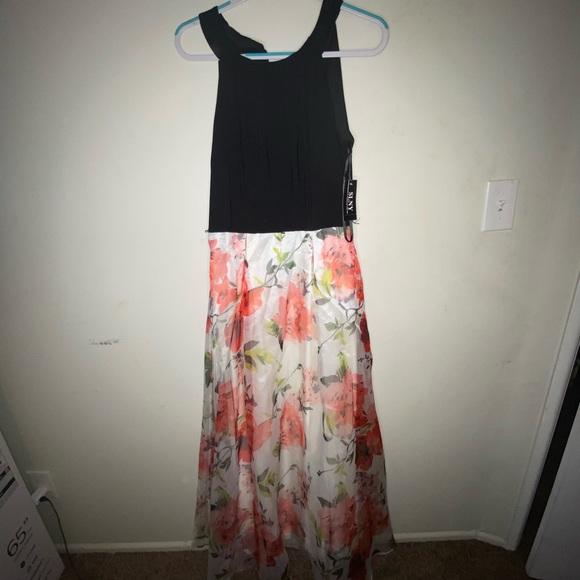 SLNY Dresses & Skirts - Formal Floral dress